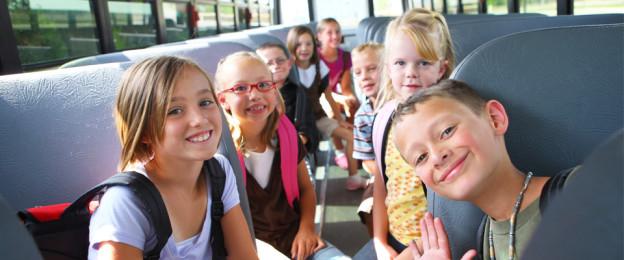 Perevozka-detei-avtobusami